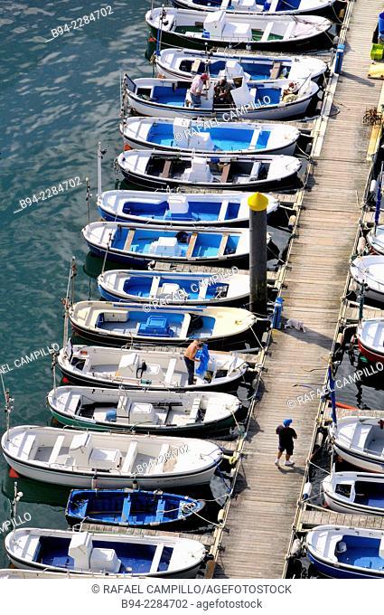 Boats, port, Getaria, Guipuzcoa, Basque Country, Spain