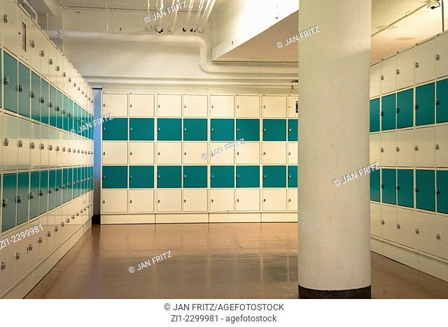 rows of cardreader lockers in a school in holland