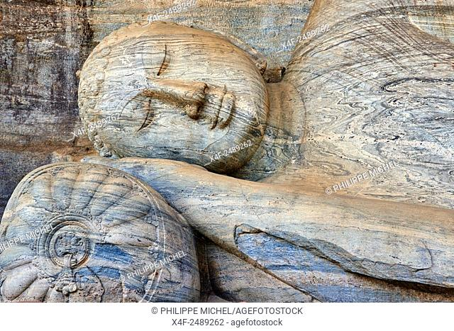 Sri Lanka, Ceylon, North Central Province, ancient city of Polonnaruwa, UNESCO World Heritage Site, Gal Vihara, reclining Buddha