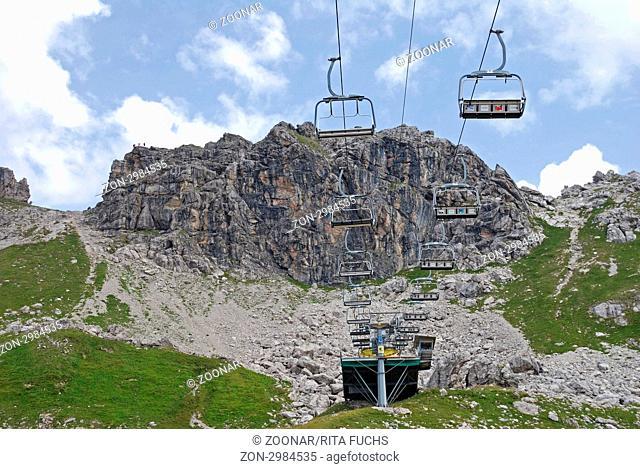 Sessellift am Hindelanger Klettersteig vom Nebelhorn 2224m, zum Großen Daumen 2280m, Allgäuer Alpen, Allgäu, Bayern, Deutschland, Europa, ÖffentlicherGrund