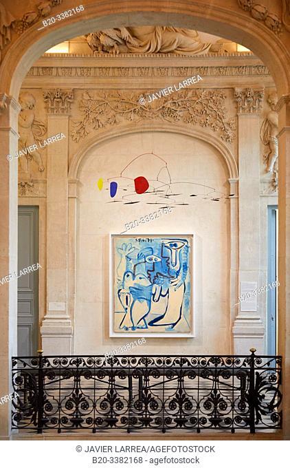 """""""Couple"""", 1970-1971, Pablo Picasso, and """"Sans titre"""", 1956, Alexander Calder, Picasso Museum, Paris, France, Europe"""