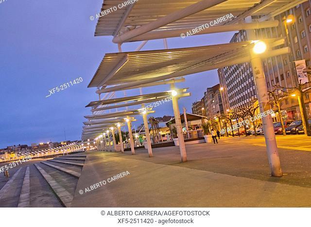 Promenade Sea Front, Gijón, Asturias, Spain, Europe
