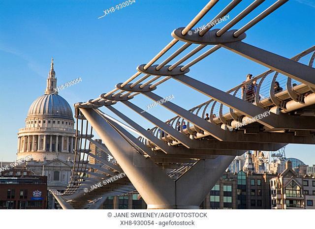 Millennium Bridge and St Pauls Cathedral, London, England, UK