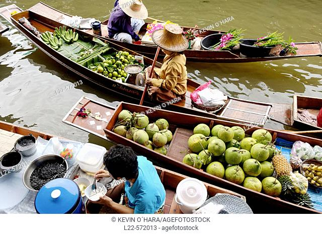 Damnoen Saduak floating market, the biggest in Thailand. Klong (canal). Bangkok City. Thailand
