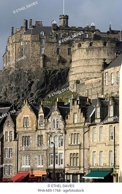 View of Edinburgh Castle from Grassmarket, Edinburgh, Lothian, Scotland, United Kingdom, Europe