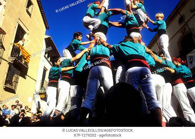 Castellers de Vilafranca 'Castellers' building human tower, a Catalan tradition Plaça de la Vila Altafulla Tarragona province,Catalonia, Spain
