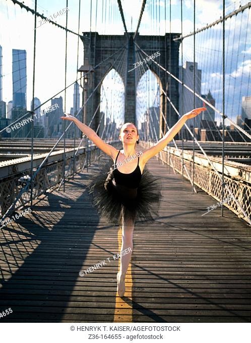 Ballet dancer at Brooklyn bridge. New York City. USA