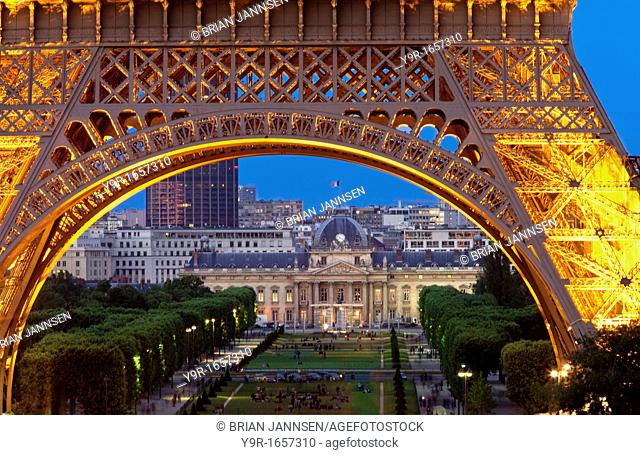 Eiffel Tower with Ecole Militaire beyond at twilight, Paris France
