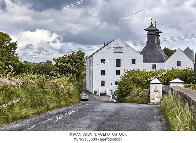 Lagavulin distillery, Islay, Inner Hebrides, Argyll, Scotland, UK