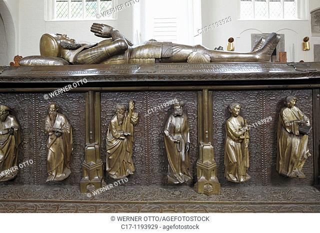 Germany, Bordesholm, Bordesholm Lake, Dosenmoor, Schleswig-Holstein, monastery church, former Augustinian monastery, hall church, Gothic, interior view