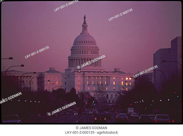 Capitol Building in Washington DC at sunset
