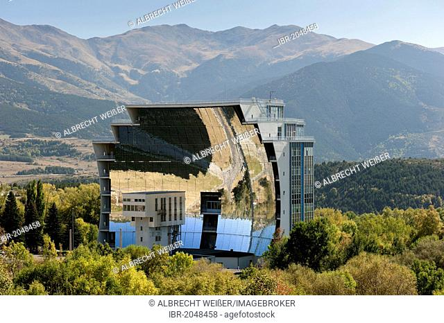 Solar furnace, le Grand Four Solaire d'Odeillo, 1000 kW thermal power station, Font-Romeu-Odeillo-Via, Pyrénées-Orientales, Northern Catalonia, France, Europe