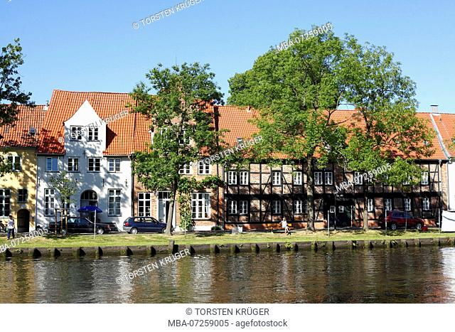 Historic houses at the Obertrave Lübeck, Schleswig-Holstein, Germany, Europe