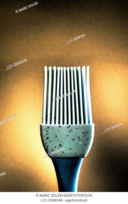 Plastic brush to cleaning surfaces