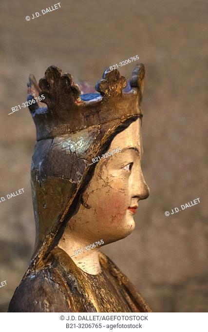 France, Occitanie, Haute Garonne, Polychome statue, at the 12th Century Basilic Saint Just de valcabrère