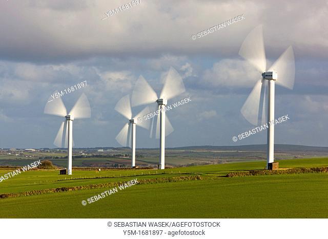Wind turbines on wind farm, Carland Cross, Cornwall, England, UK, Europe
