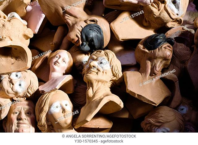 Terracotta Heads for Clay Caracters on Neapolitan 'Presepe'crib, they are hand made and have glass eyes as in the XVIII century