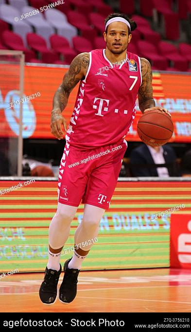 Bonn, Germany, 09. 01. 2021, Telekom Dome, Basketball Bundesliga, Telekom Baskets Bonn vs s. Oliver Wuerzburg: Chris Babb (Bonn) controls the ball
