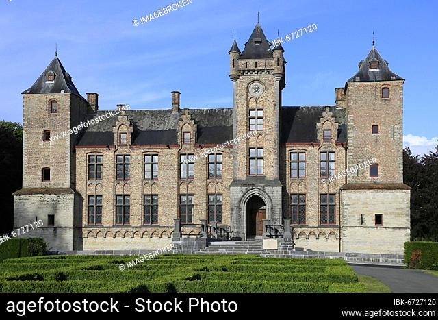 Moated castle Streekhuis Kasteel Tillegem in Sint Michiels near Bruges, Bruges, West Flanders, Benelux, Belgium, Europe