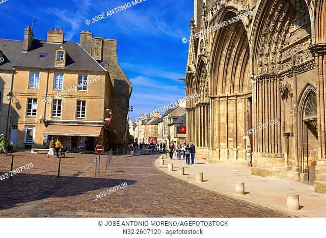 Bayeux, Notre Dame Cathedral, Normandy, Calvados, Région Basse-Normandie, France, Europe