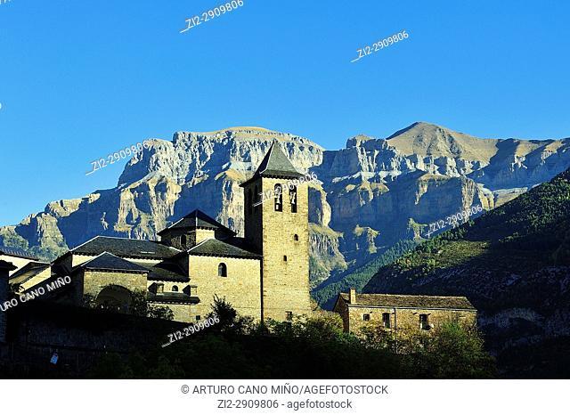 Torla town. Aragonese Pyrenees, Huesca province, Spain