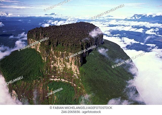 Aerial view of Aparaman-tepuy in tne Gran Sabana, Canaima National Park, Bolivar State, Southern Venezuela