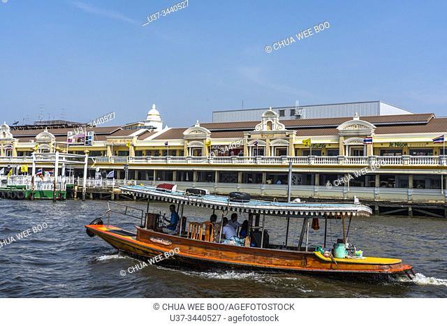 River cruising along Chao Phraya river, Bangkok, Thailand