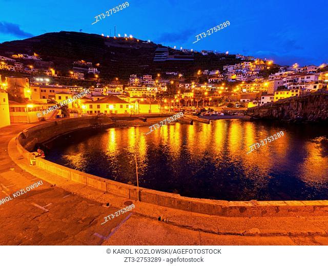 Portugal, Madeira, Twilight view of the fishermen port in the Camara de Lobos