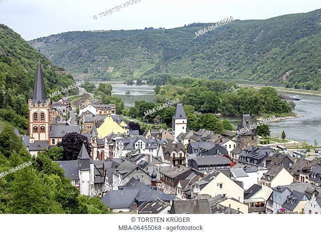 Old Town with St. Church of St. Peter / St.-Peter-Kirche, Bacharach am Rhein, Unesco world cultural heritage upper Middle Rhine valley, Rhineland-Palatinate