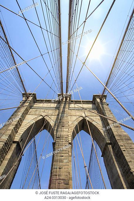 USA, New York City, Manhattan, Brooklyn Bridge