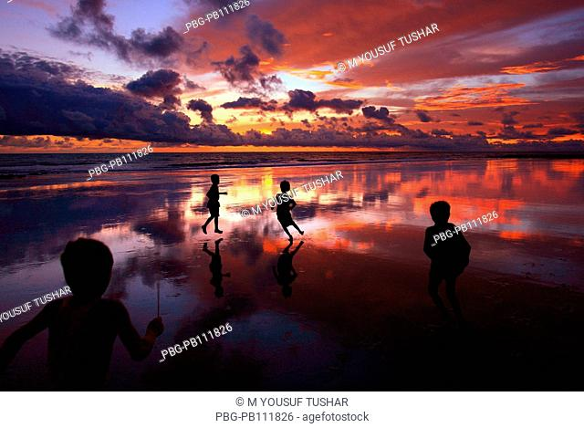 Children play at the Saint MartinÆs Island, locally known as Narkel Jinjira It is the only coral island and one of the most famous tourist spots of Bangladesh...