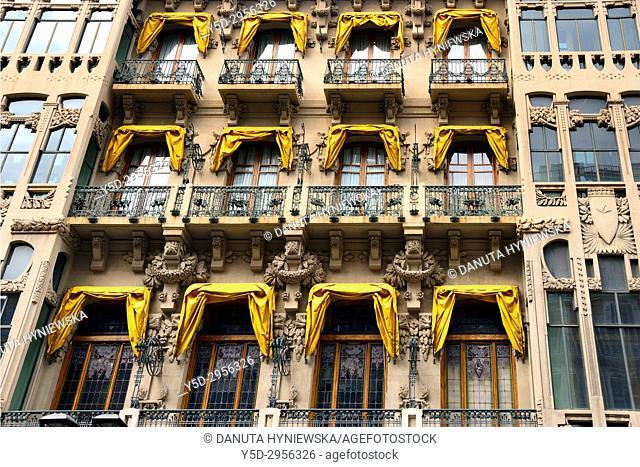 Casino Mercantil, Calle del Coso near Plaza de España, Zaragoza, Saragossa, Aragón, Spain, Europe