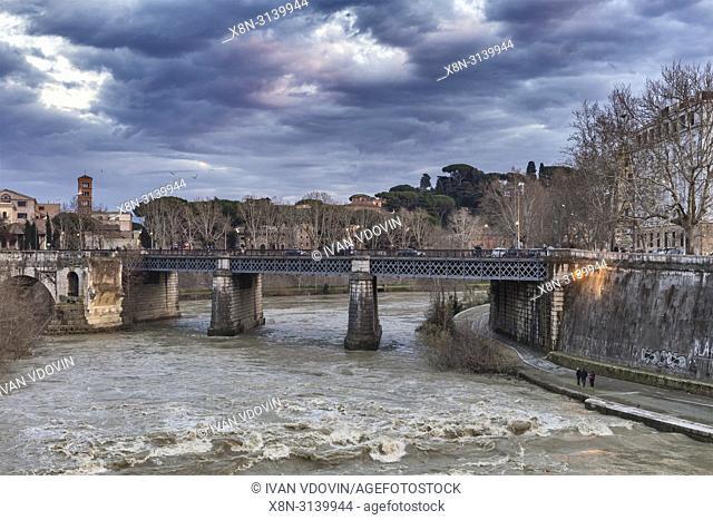 Ponte Palatino bridge, Tiber river, Rome, Lazio, Italy