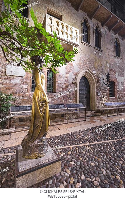 Verona, Veneto, Italy. House of Juliet by night