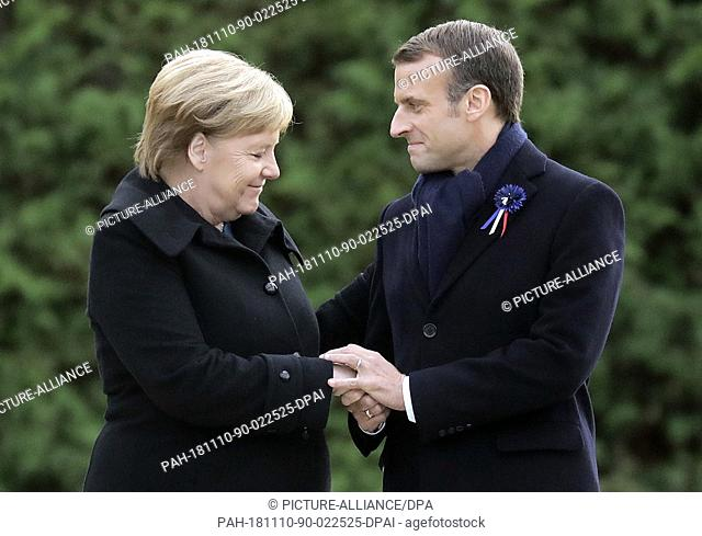 10 November 2018, France, Compiegne: German Chancellor Angela Merkel (CDU) and French President Emmanuel Macron commemorate the end of the First World War 100...