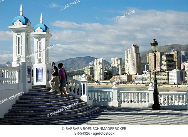 Tourist at the viewing platform, balcony of the Mediterranean, Benidorm, Costa Blanca, Spain