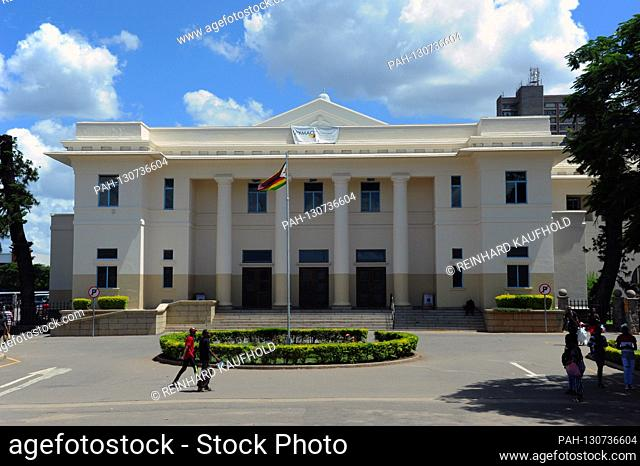 Buildings in the city of Bulawayo in Zimbabwe - some of them date back to colonial times, taken on February 19, 2020   usage worldwide. - /Simbabwe