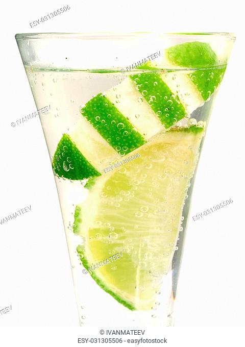 Ingredients:2 oz vodka4 oz lemon-lime soda