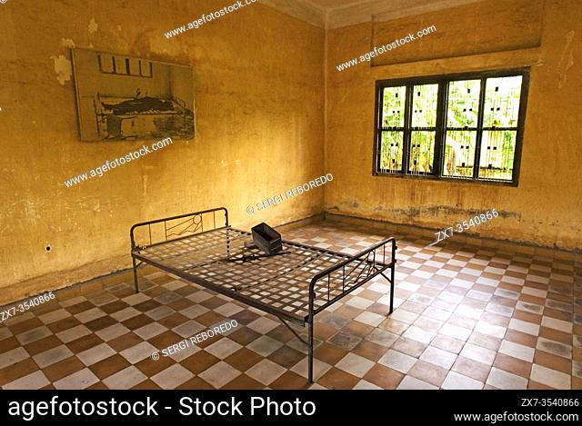 Museum-School Tuol Sleng. This is a secondary school that Pol Pot turned into a security prison known as S-21. Prior to 1975 Toul Sleng was a high school but...