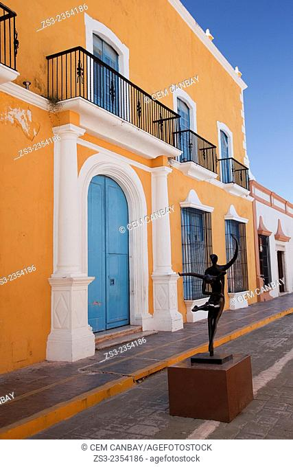 Statue at the historic center of Campeche, Campeche, Yucatan, Mexico, Central America