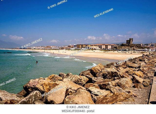 Spain, Andalusia, Tarifa, Beach of Los Lances, with the castle of Santa Catalina and the city in background