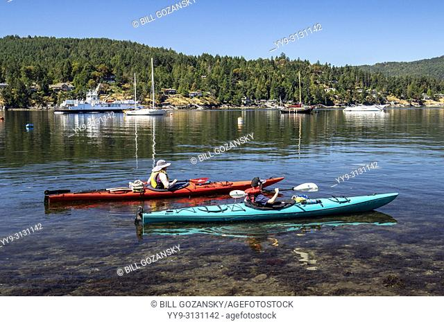 Kayaking in Brentwood Bay, Saanich Peninsula, Vancouver Island, British Columbia, Canada