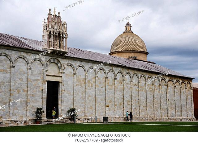 The Campo Santo, Camposanto Monumentale or Camposanto Vecchio, is a historical edifice Pisa, Italy