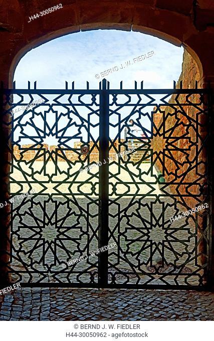 Castelo de Silves, entrance, Silves Portugal