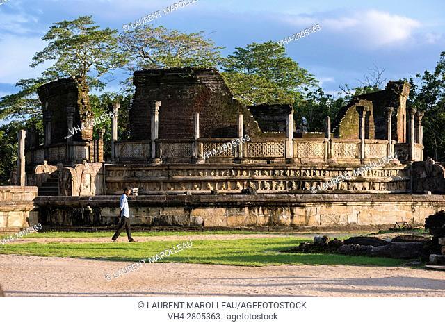 Vatadage Temple, The Quadrangle, Ancient City of Polonnaruwa, North Central Province, Sri Lanka, Asia