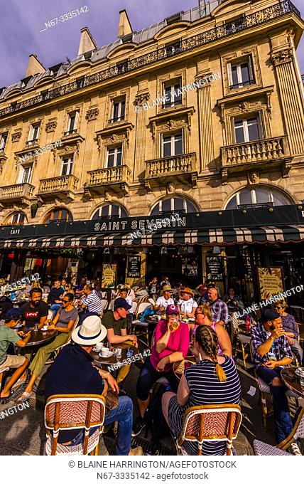 People at sidewalk cafe Le Saint Severin on Place St. Michel, Sorbonne/Latin Quarter area, Paris, France