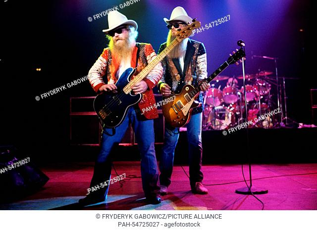ZZ Top (v.l. Dusty Hill, Billy Gibbons) on 01.05.1982 in Dortmund. | usage worldwide. - Dortmund/Nordrhein-Westfalen/Germany