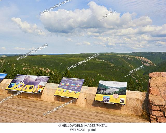 Information boards for tourists on viewing platform in the Cape Breton Highlands National Park, Cape Breton Island, Nova Scotia, Canada