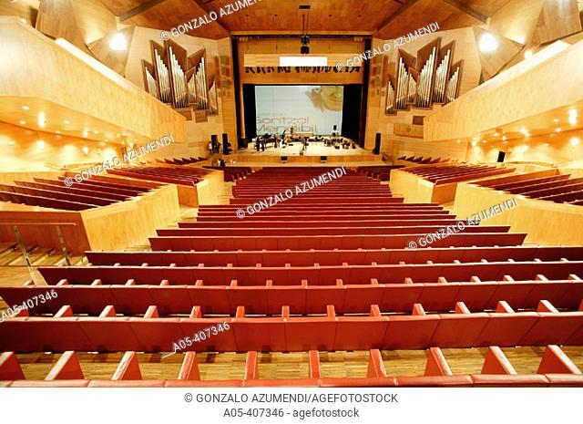 Before the concert of the basque singer Gontzal Mendibil. Euskalduna Palace. Bilbao. Bizkaia province. Basque Country. Spain