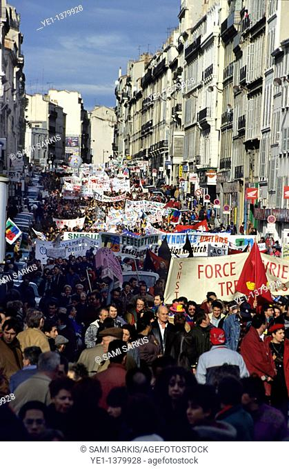 Huge political demonstration on December 16th, 1995, along Lieutaud Cours in Marseille, France